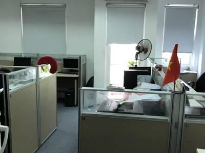 Cho thuê nhà mặt phố Nguyễn Hữu Huân, 90m2 x 4 tầng, 2 mặt tiền 12m, riêng biệt, 2