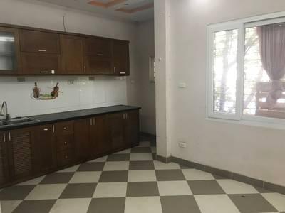 Cho thuê chung cư ở Ngõ 165 phố Mai Dịch 2