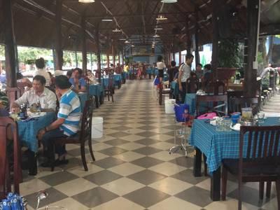 Cần sang nhượng nhà hàng hải sản ở Song Hành - Hóc Môn 7