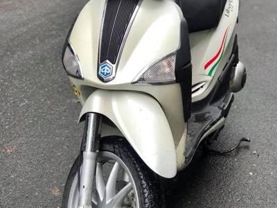 Bán Piaggio Liberty 125ie Xe nhập 2012. Chính chũ. Giá 17tr5 4
