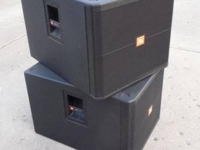 Loa sub hơi JBL SRX718 bass 50cm: Được sử dụng rộng rãi trong các quán karaoke, hội trường, sân khấu 1