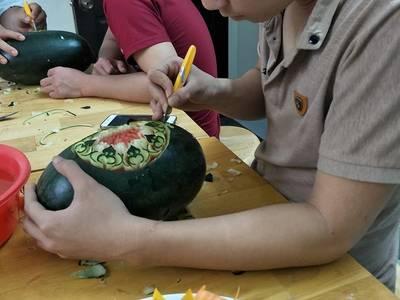 Khóa học cắt tỉa dành cho học viên bếp 7