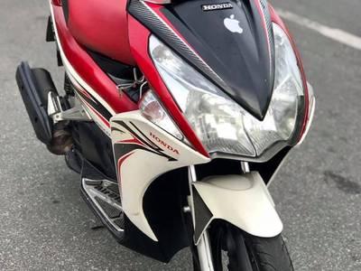 Bán Honda Ab Fi 2011,Phiên bản trắng đỏ.Chính chũ 18 triệu 0