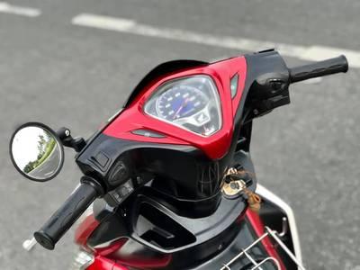 Bán Honda Ab Fi 2011,Phiên bản trắng đỏ.Chính chũ 18 triệu 5