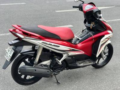Bán Honda Ab Fi 2011,Phiên bản trắng đỏ.Chính chũ 18 triệu 6