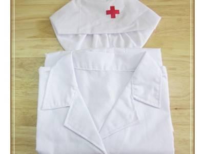 Trang phục bác sĩ cho bé 3
