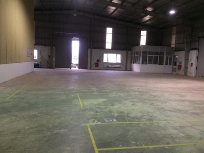 Cho thuê kho xưởng 1500m2 ở KCN Nam Cầu Kiền, có sẵn PCCC  có thể thuê lẻ 600m2 hoặc 900m2  giá cực 2