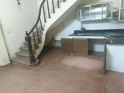 Cho thuê nhà riêng phố Hồng hà - nghĩa dũng 30m2 x 5t giá 7.5t 10