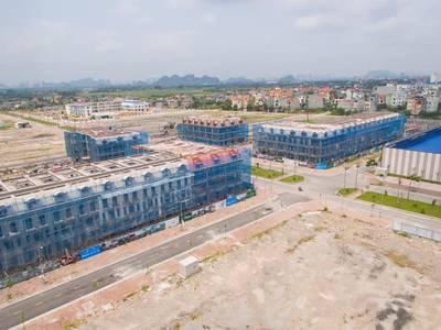 NHÀ PHỐ THƯƠNG MẠI   dự án đầu tiên tại Uông Bí 0