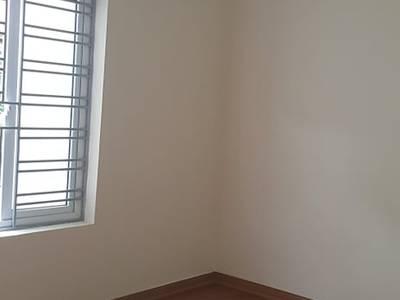 GẤP  GẤP  Bán Gấp căn hộ tập thể tầng 3 ,mặt đường phố thành công bắc Nguyên Hồng - DT 70m2 2