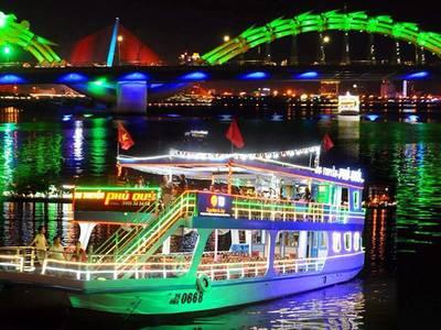 Du thuyền sông Hàn Đà Nẵng 4