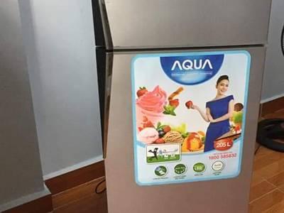 Cần bán lại tủ lạnh aqua 200lit còn bh hãng 6 tháng