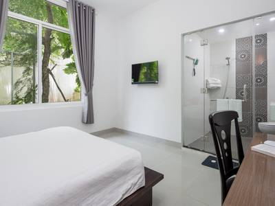 Nhà sân vườn 4 phòng ngủ gần Phạm Văn Đồng - B275 8