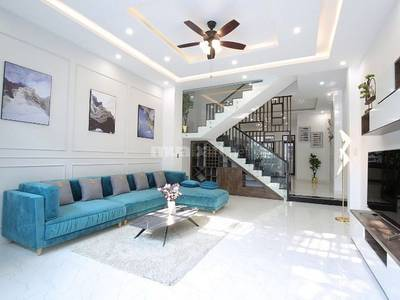 Cần tiền bán gấp nhà mặt tiền Lê Đại-Hải Châu-Đà Nẵng 0