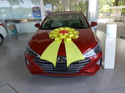 Hyundai elantra 2019 khuyến mãi 20 triệu xe có sẵn giao ngay 0