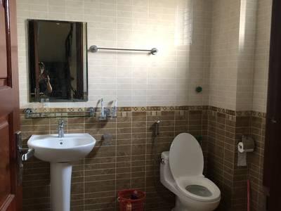 Cho thuê căn hộ 4 tầng đường Trường Chinh , Hải Dương 10 m mặt lâu dài 1