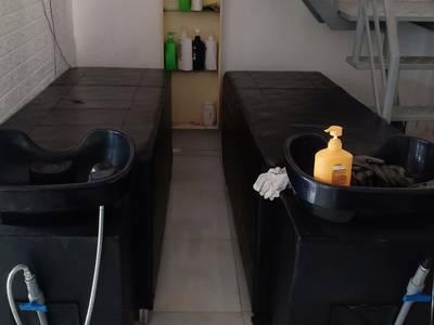 Thanh lý 2 giường gội đầu và máy hấp ozon tại q12 3