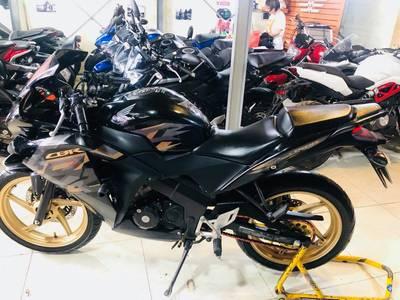 Trung tâm kinh doanh xe máy Mạot cần bán 1 xe chạy lướt nhất trên thị trường - HonDa Cbr150R nhập th 1