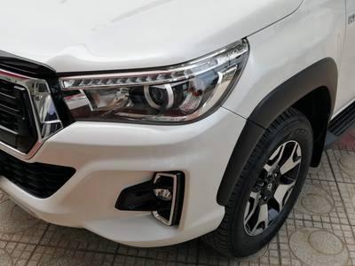 Toyota Hilux 2.8G 2019 chạy lướt biển 29C-VIP 2
