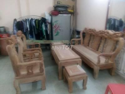 Tôi muốn ván bộ bàn ghế gỗ lim ae kết pm 0