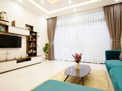 Bán nhà 3 tầng mặt tiền, đầy đủ nội thất ngoại nhập, giá tốt cho khách thiện chí 1