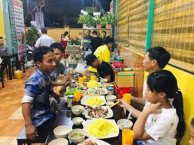 Sang gấp quán cơm gà tại đường Lê Quang Đạo, Quận Ngũ Hành Sơn 6