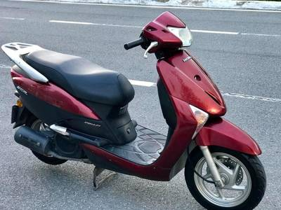 Bán Honda SCR Fi xe nhập  Màu đỏ Mận  .Giá 8tr5 2