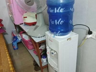 Cần bán bình nước nóng và lạnh 0