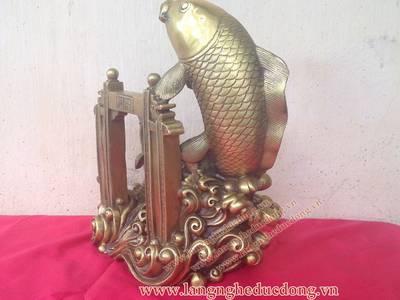 Tượng đồng cá chép, cá chép vượt vũ môn, kích thước 30cm, Cá chép bằng đồng 3
