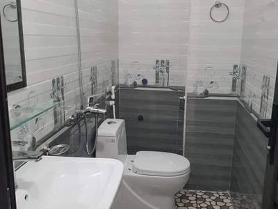 NHÀ GIÁP NHẤT View Royal City , nhà mới SIÊU ĐẸP đến từng Milimet,36 m2, 5 tầng, mặt...
