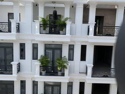 Thanh toán 30 nhận nhà vào ở ngay, chỉ 2 tỷ.  Nhà phố mặt tiền đường 20m....