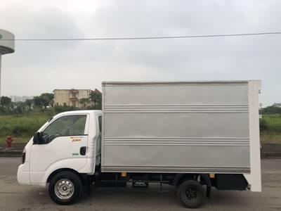 K200 thùng kín cửa hông bửng nâng 2 tầng 2019  xe có sẵn 5
