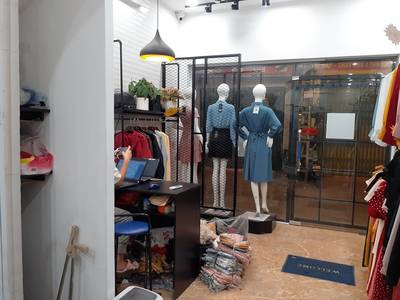 Sang nhượng cửa hàng thời trang nữ tại phố Vọng 5