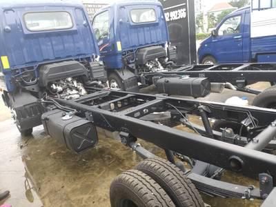 Giá xe tải N250SL 2.5 tấn 8
