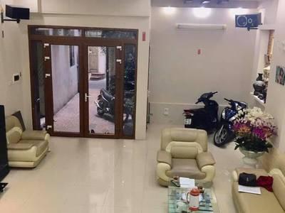 Bán nhà 4 tầng thiết kế đẹp phố Phan Phù Tiên, Cát Linh, Đống Đa 70m2 giá 6 tỷ 1