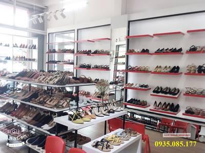 Sang shop giày nữ mặt tiền Điện Biên Phủ 1