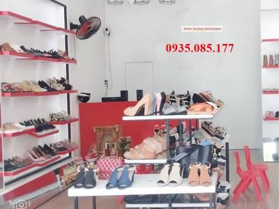 Sang shop giày nữ mặt tiền Điện Biên Phủ 2