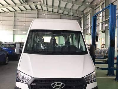 Hyundai Solati 16 chỗ 6