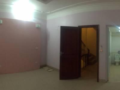 Chủ nhà nhờ cho thuê nhà 8 tầng cạnh chợ Mun, Kim Chung, Khu CN Bắc TL 0