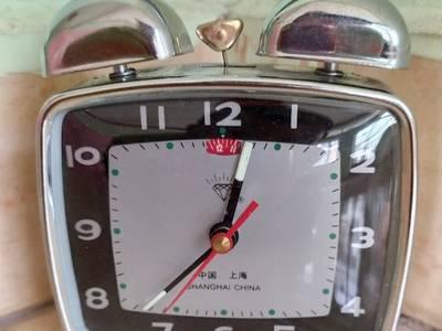 Đồng hồ , đồng hồ gà lên dây cót 5