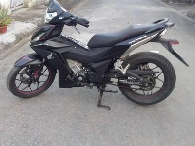 Cần bán moto WINNER honda 150 màu đen 4