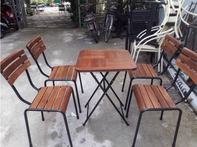Thanh lý bàn ghế gỗ xếp quán cafe 500k/1 bộ 4 ghế 2