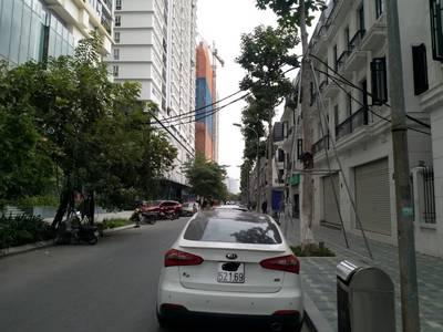Cho thuê tầng 1 của shophouse dự án Embassy Garden 1