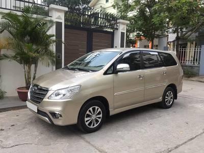 Gia đình bán Toyota Innova 2015 3