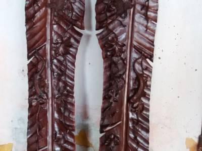 Cặp tàu lá chuối gỗ cẩm 1