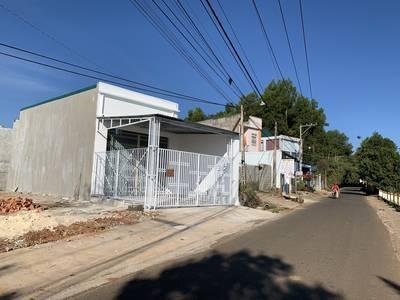 Chính Chủ Cần bán ngôi nhà mới xây mặt tiền đường Lam Sơn, phường Lộc Sơn, TP Bảo Lộc.tỉnh 0