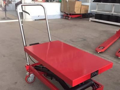 Xe nâng chậu cảnh xe nâng mặt bàn xe nâng mai bàn nâng thủy lực Hội An Quảng Nam Đà Nẵng Bình Định 17