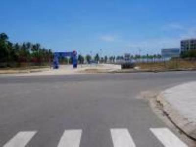 Cần bán lô107-thủy sơn 1,hướng Tây,diện tích 117.5m2,đường ,5m5 ,kẹp cống,view công viên,gia 6 tỷ 4 2