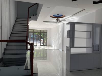Cho thuê nhà nguyên căn 4 tầng còn mới 100% diện tich(5mx19m) 3