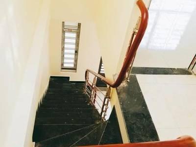 Bán nhà 2 tầng ngõ 9 Cao Thắng,Ao Cá- Bò Sính. DT:52m2,MT:5m.H:Đông Mới Toanh 2
